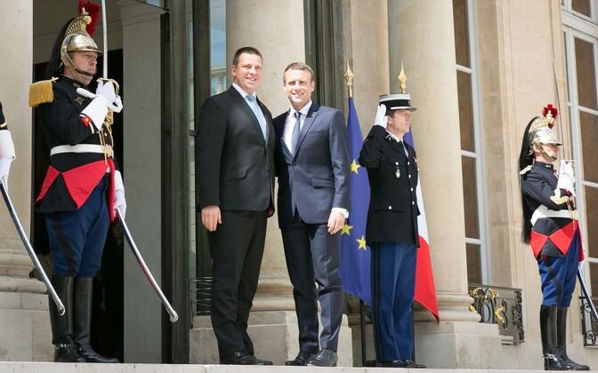 Prime Minister Jüri Ratas with French President Emmanuel Macron in Paris on Friday. June 16, 2017.