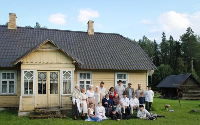 2017. aastal pälvis Eestimaa aasta külatiitli Läsna-Loobu küla Lääne-Virumaal.