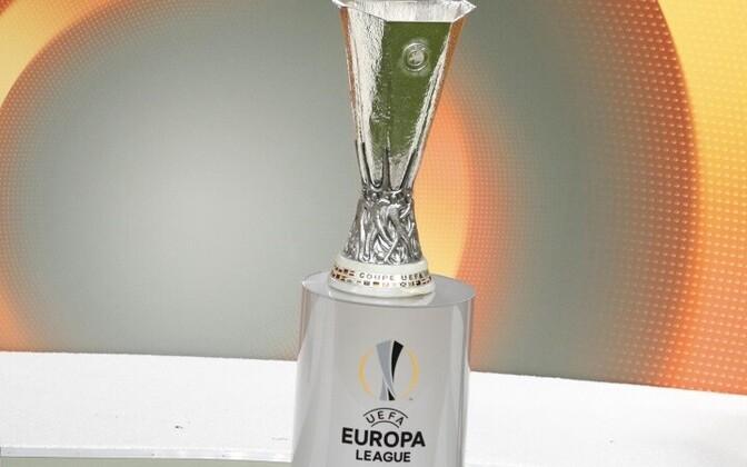 Три эстонских клуба на следующей неделе начнут борьбу за трофей.
