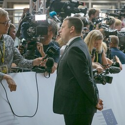Jüri Ratas giving an interview to ERR's Johannes Tralla in Brussels.
