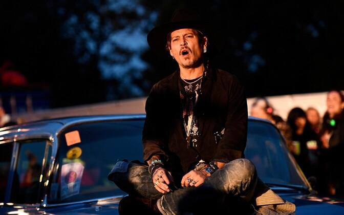 Johnny Depp Glastonburyl
