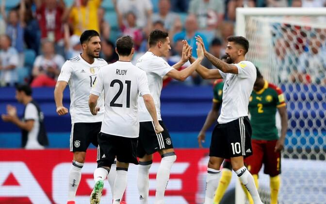 Кубок Конфедераций. Германия выходит в полуфинал с первого места, сборная Чили вторая - изображение 1