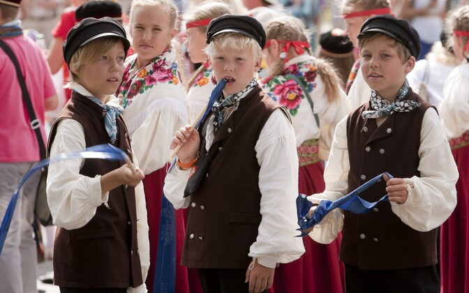 Children participating in the 2011 Youth Song and Dance Festival.
