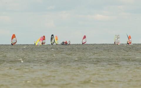 Surfi slaalom