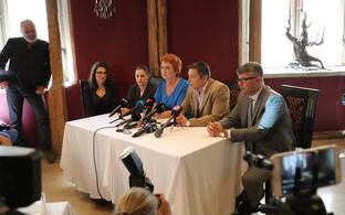 Olga Ivanova, Oudekki Loone, Yana Toom, Mihhail Kõlvart and Mihhail Korb (Center). June 28, 2017.