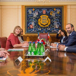 Kersti Kaljulaid ja Edouard Philippe Kadriorus toimunud kohtumisel.