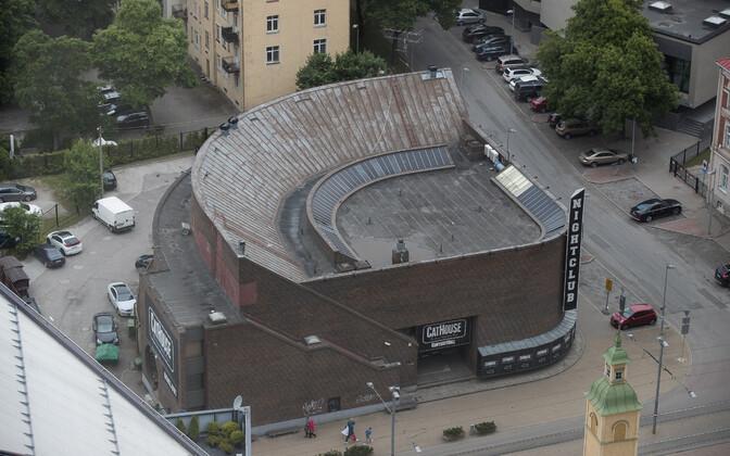 Kunagine valuutapood Tallinn kesklinnas Tartu maanteel, mis vääriks arhitektuuriloolaste hinnangul kaitse alla võtmist.