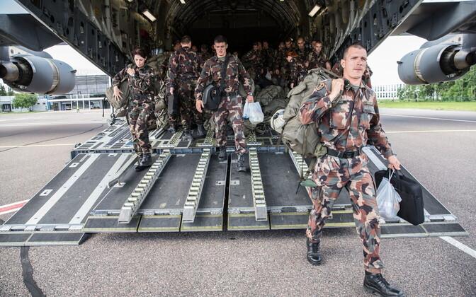 Hungarian troops arriving at Tartu Airport in July.