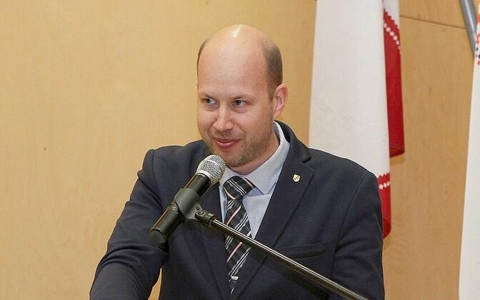 Igor Taro.