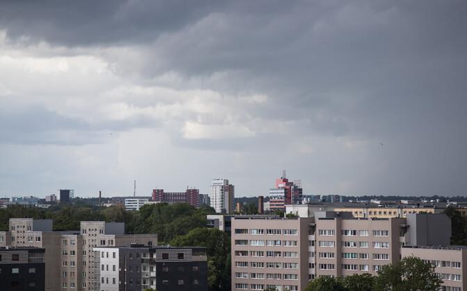 Тучи над Таллинном.