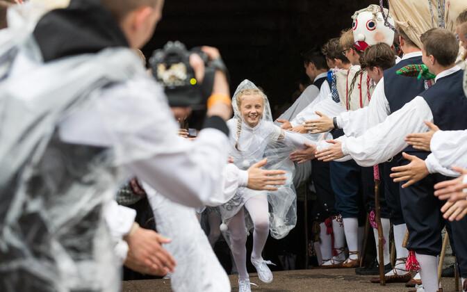 Молодежный Праздник танца на стадионе