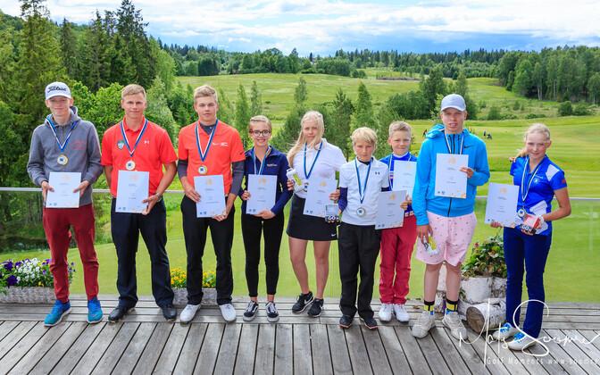 Noored golfarid