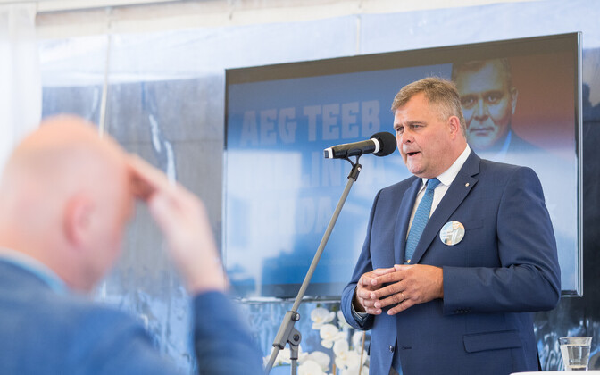 IRL's candidate for mayor, Raivo Aeg, may not have the support of all of Tallinn's expats, but at least they understand what he has to say.