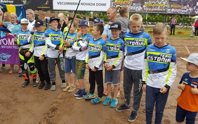 Noored Eesti krossimehed