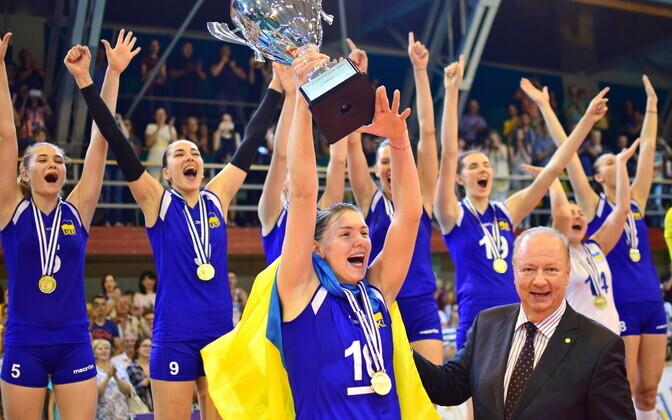 Ukraina võrkpallinaiskond