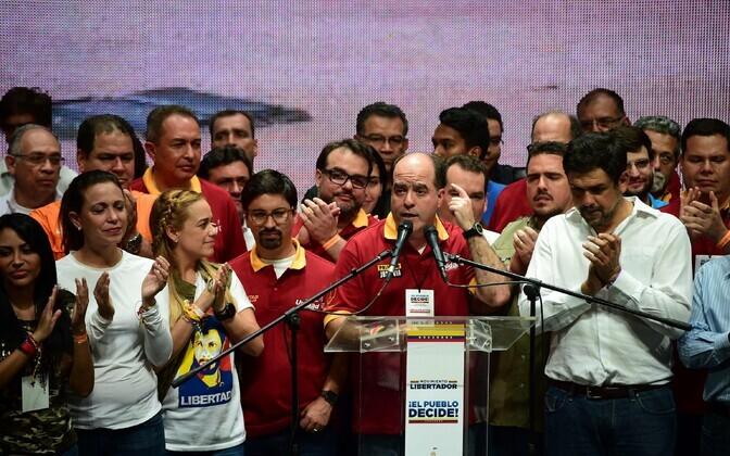 Rahvusassamblee juht Julio Borges pärast referendumit.