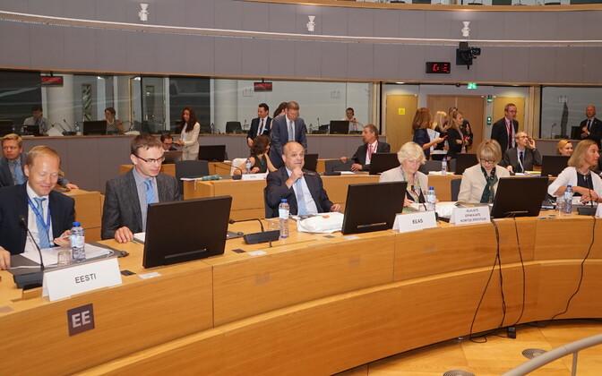 Välisminister Sven Mikser EL-i välisasjade nõukogus.