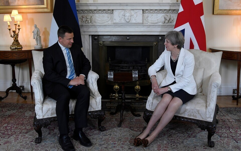 Prime Minister Jüri Ratas (Center) met with British Prime Minister Theresa May in London on Tuesday. July 18, 2017.