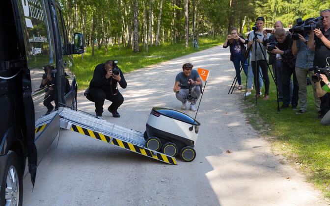 ВЭстонии появятся роботы-почтальоны