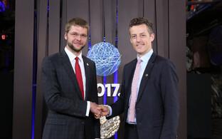 Министр здоровья Эстонии Евгений Осиновский и замминистра здравоохранения Великобритании Джеймс О'Шонесси.
