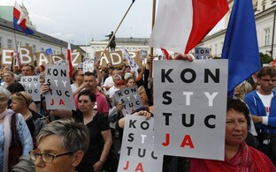 Meeleavaldus Varssavis 23. juulil.