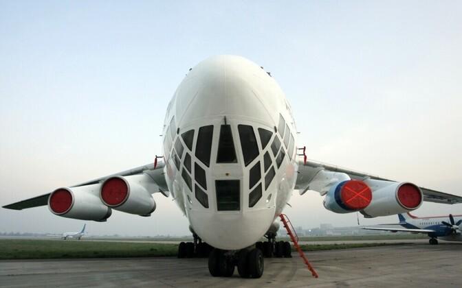 Военный транспортный самолет ИЛ-76.