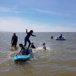 Laste surfilaager Pärnus.