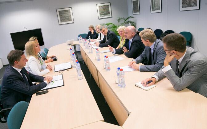 Kaitseministri Jüri Luige ja volinik Elżbieta Bieńkowska kohtumine.