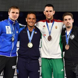 Nikolai Novosjolov (vasakult esimene)