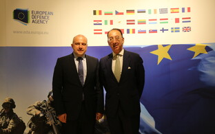 Minister of Defence Jüri Luik with European Defence Agency (EDA) Chief Executive Jorge Domecq in Brussels. July 2017.