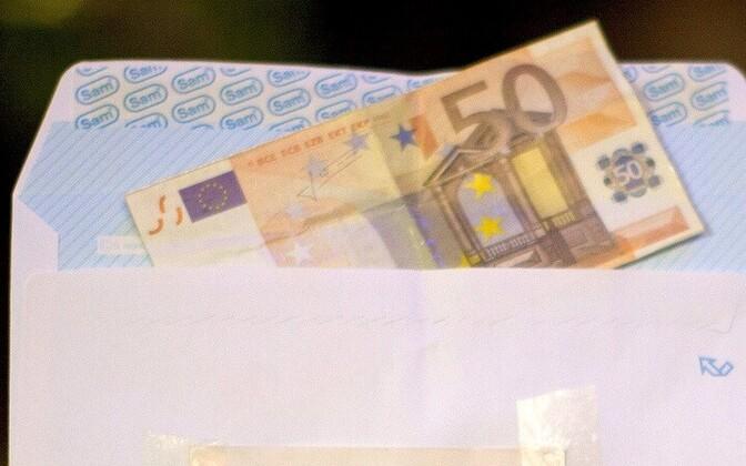 Проблема зарплат в конвертах все еще актуальна для Эстонии.