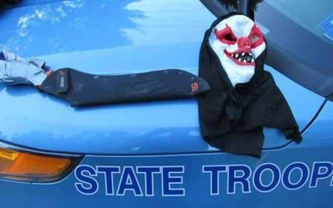 Maine'i osariigi politsei pidas kinni matšeetega relvastatud ühekäelise