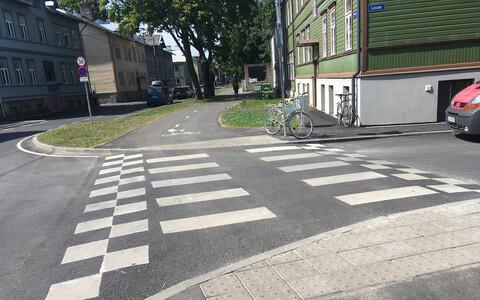 Liikluse rahustamine Valgevase tänava alguses.