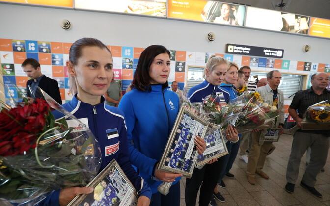 Juulis krooniti Eesti naiste epeekoondis koosseisus Irina Embrich, Julia Beljajeva, Kristina Kuusk ja Erika Kirpu Saksamaal Leipzigis maailmameistriteks.