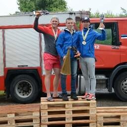 Individuaalsed võitjad vasakult: Sander Kaasik, Alor Kasepõld ja Kristjan Mikk.