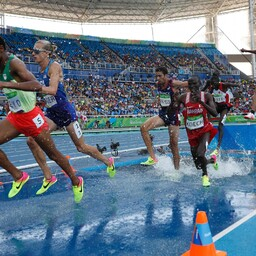 Chala Beyo (vasakult esimene) Rio olümpiamängudel.