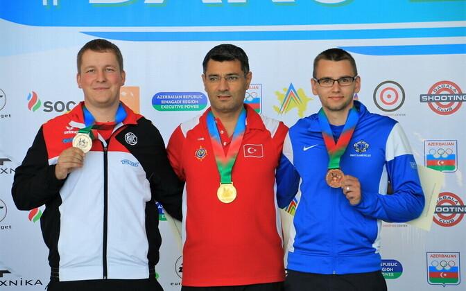 Peeter Olesk (paremal) võitis EM-il pronksmedali.