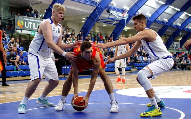 Eesti parimad mängus Makedooniaga olid Karl Karpin (vasakul) ja Henri Drell (paremal).