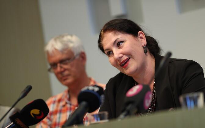 Maria Kaljuste ja Kristiina Ojuland tutvustasid valimisliitu