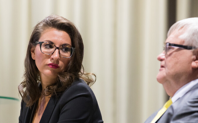 Ольга Иванова и Эдгар Сависаар решили идти на выборы отдельно от Центристской партии.