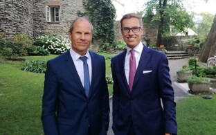 Minister of Finance Toomas Tõniste (IRL) and European Investment Bank (EIB) Vice-President Alexander Stubb in Tallinn on Tuesday. Aug. 8, 2017.