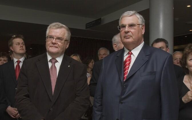 Эдгар Сависаар (слева) и Александр Кофкин на открытии отеля Meriton в Таллинне в 2009 году.