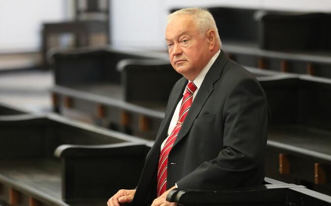 Виллу Рейльян в суде.