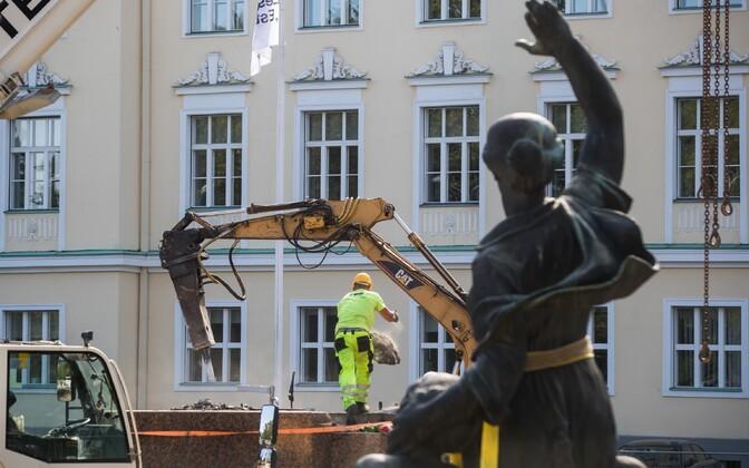 1905. aasta revolutsiooni mälestusmärk sai uue asukoha.
