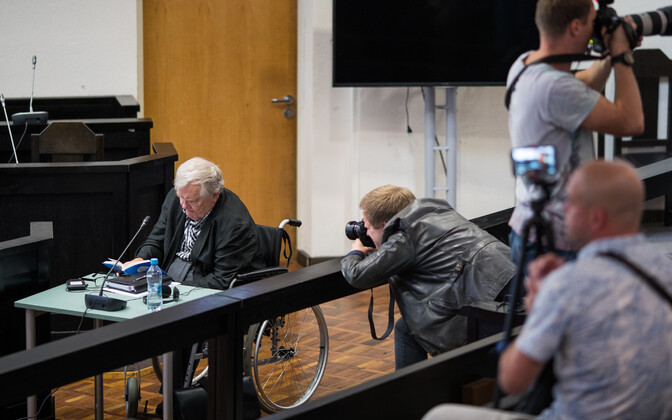 Savisaar in court on Thursday, before paramedics were summoned and he was taken to the hospital. Aug. 10, 2017.