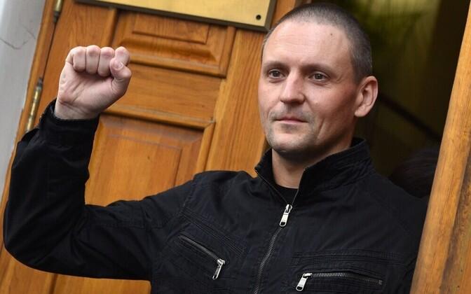 Российский оппозиционер Сергей Удальцов на первой пресс-конференции после освобождения из тюрьмы.