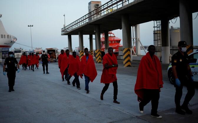 Üle mere Hispaaniasse saabunud migrandid Malagas 7. augustil.