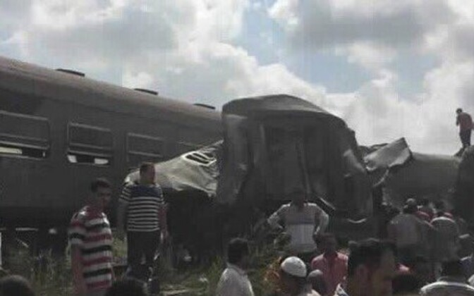При столкновении 2-х  поездов вЕгипте погибли 36 человек
