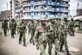 Keenia politseinikud Nairobi Mathare slummis.