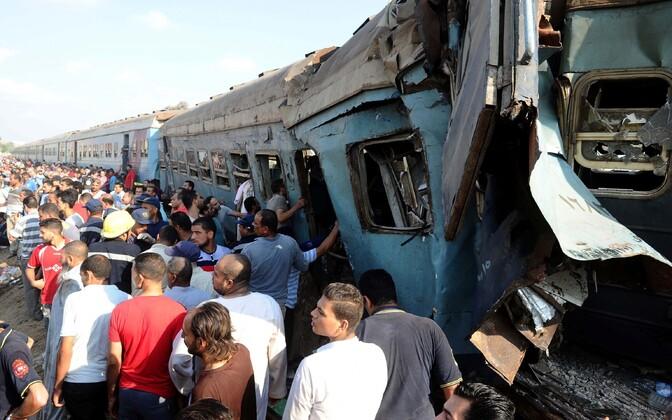 Крушение поезда в Египте.